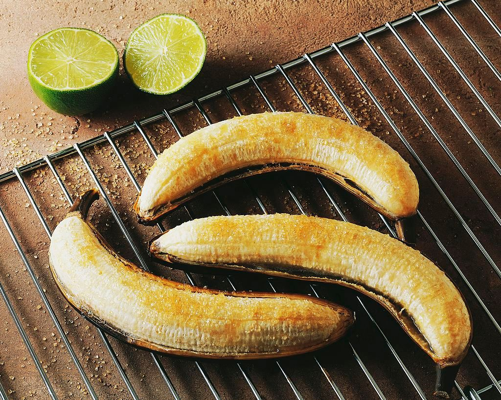UNSPECIFIED - JANUARY 27: Grilled bananas. (Photo by DeAgostini/Getty Images)