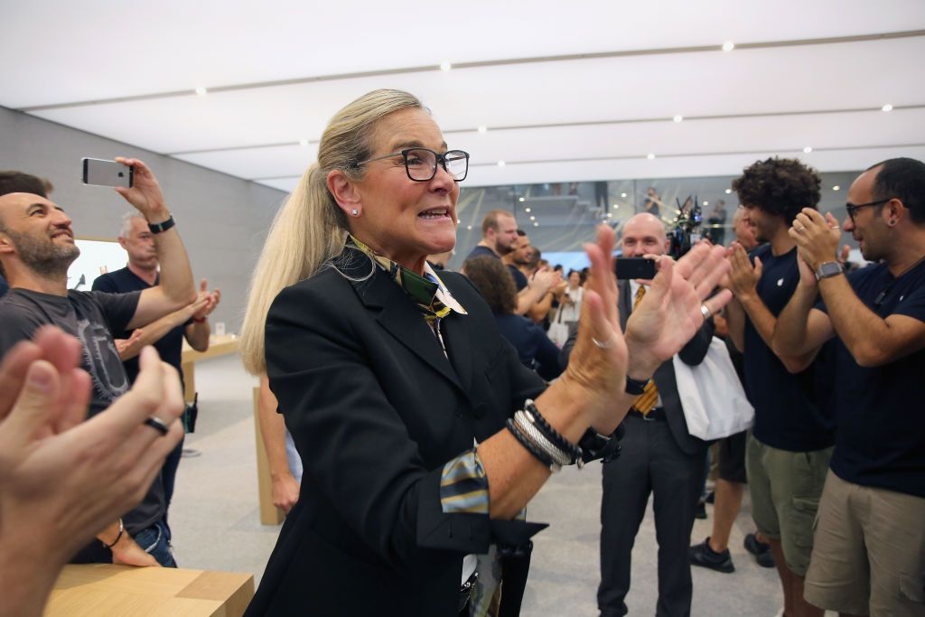 MILAN, ITALY - JULY 26: Angela Ahrendts greets the clerks during the Apple store opening in Milan at Piazza Liberty on July 26, 2018 in Milan, Italy. (Photo by Vincenzo Lombardo/Getty Images)