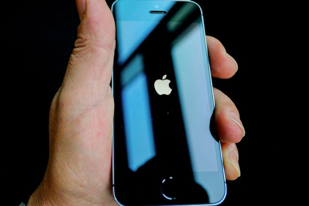 7 مزايا ينبغي لآبل دعمها في هاتف آيفون المنتظر