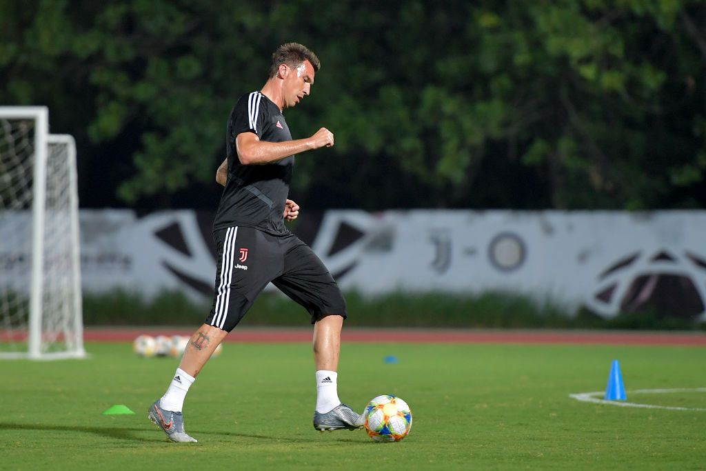 NANJING, CHINA - JULY 22: Juventus player Mario Mandzukic during a training session on July 22, 2019 in Nanjing, China. (Photo by Daniele Badolato - Juventus FC/Juventus FC via Getty Images)