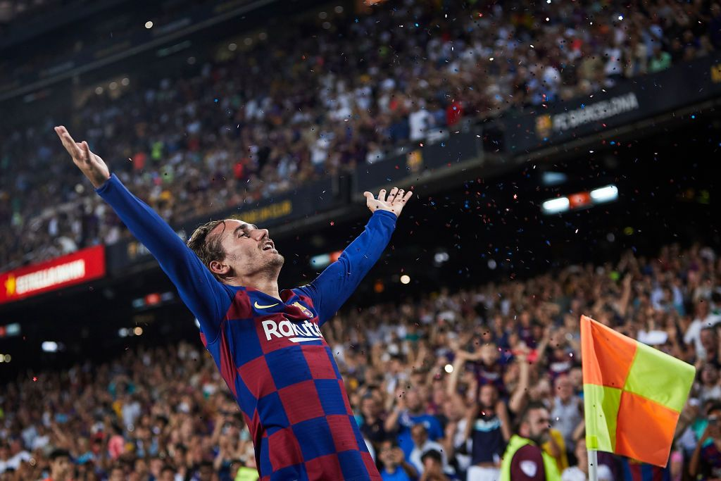 BARCELONA, SPAIN - AUGUST 25: Antoine Griezmann of FC Barcelona celebrates scoring his team's second goal during the Liga match between FC Barcelona and Real Betis Balompie at Camp Nou on August 25, 2019 in Barcelona, Spain. (Photo by Quality Sport Images/Getty Images)